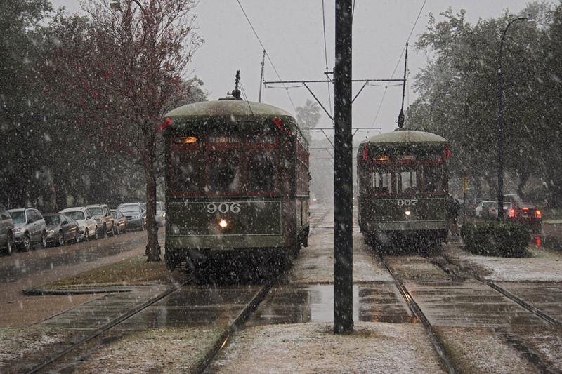 Streetcar snow-dsb nola-flickr.jpg
