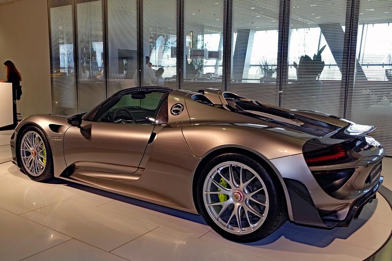 Porsche Museum GT.jpg