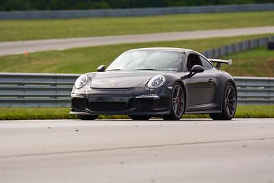 2020 SCCA TNiA Sept2 Pitt Race Adv Blk Porsche Wing