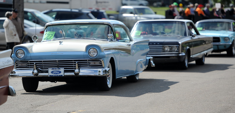 beverly Centennial Parade