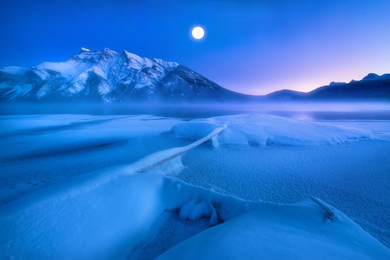 明月冷山 加拿大.jpg