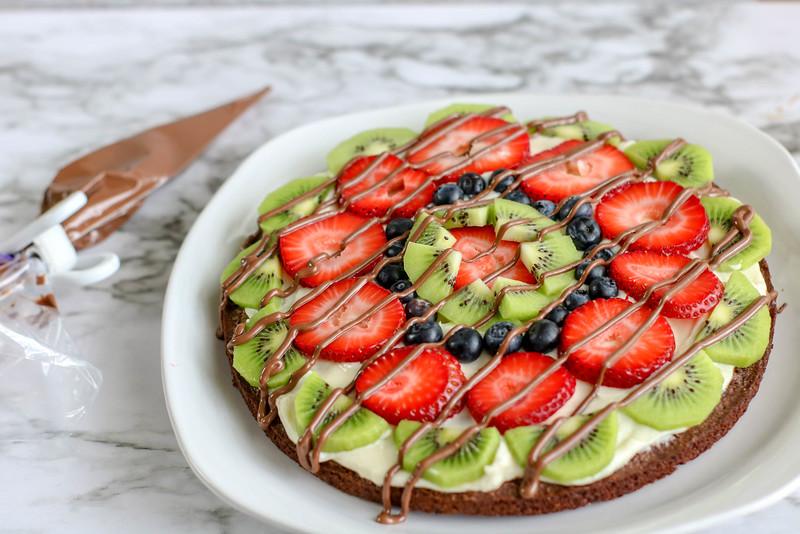 Fruit Brownie Pizza prep-9.jpg