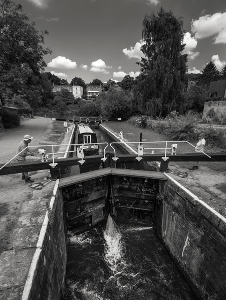 The Kennet and Avon Canal is a waterway in southern England with an overall length of 87 miles, made up of two lengths of navigable river linked by a canal. The name is commonly used to refer to the entire length of the navigation rather than solely to the central canal section.  Somerset, England, 2018