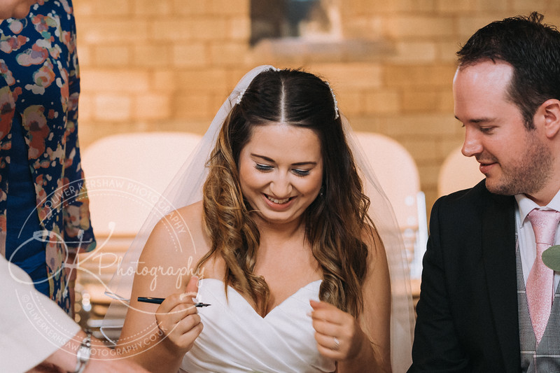 Nick & Elly-Wedding-By-Oliver-Kershaw-Photography-134817.jpg