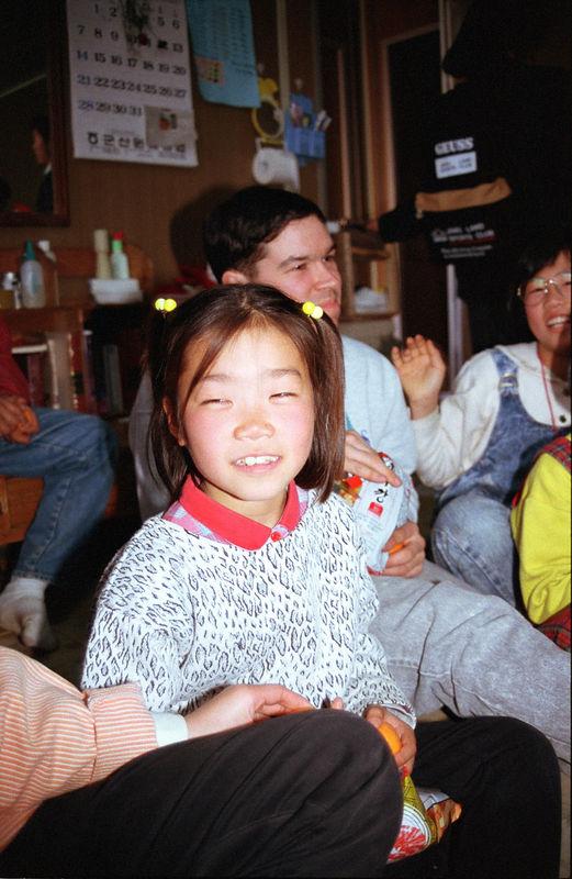 1992 10 10 - Orphanage 02.jpg