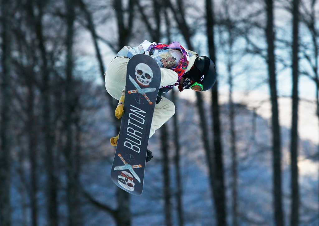 . Shaun White of the United States competes during the men\'s snowboard halfpipe qualifying session at the Rosa Khutor Extreme Park, at the 2014 Winter Olympics, Tuesday, Feb. 11, 2014, in Krasnaya Polyana, Russia. (AP Photo/Sergei Grits)