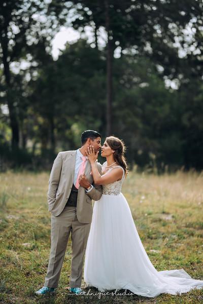 BRETT & CARMEN WEDDING PREVIEWS-109.JPG