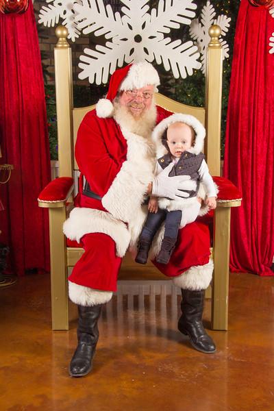Santa 12-16-17-250.jpg