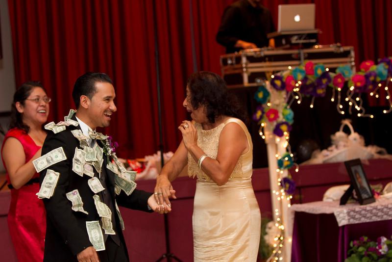 2011-11-11-Servante-Wedding-594.JPG