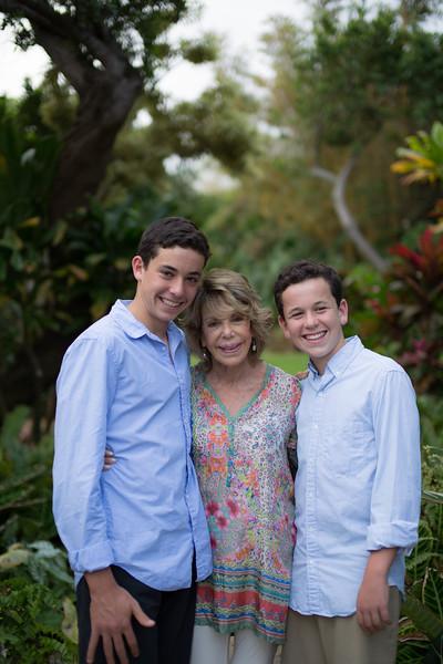 kauai-family-portraits-17.jpg