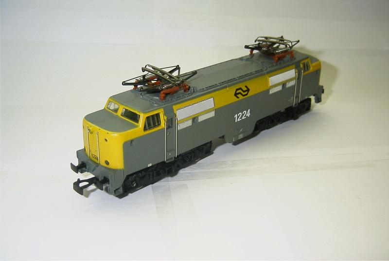 3055.6x NS 1224 schuin.JPG