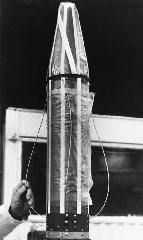 . This is a close up of of Explorer I, which weighs 37 pounds and in a tube measuring 80 inches long, seen Dec. 19, 1958.  (AP Photo)
