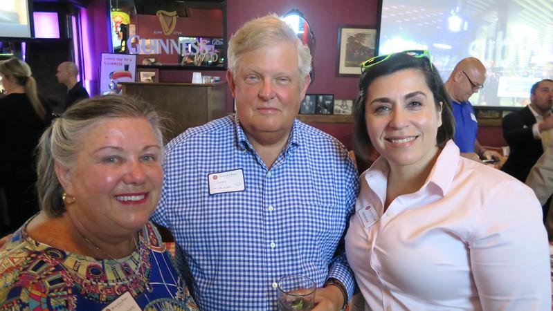 Susan Robinson, Jerry Robinson '62, and Robin Delnicki