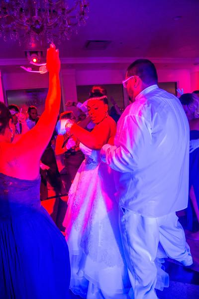 MER__1535_tonya_josh_new jerrsey wedding photography.jpg