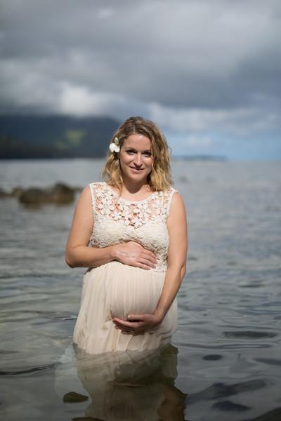 Kauai maternity photography-86.jpg