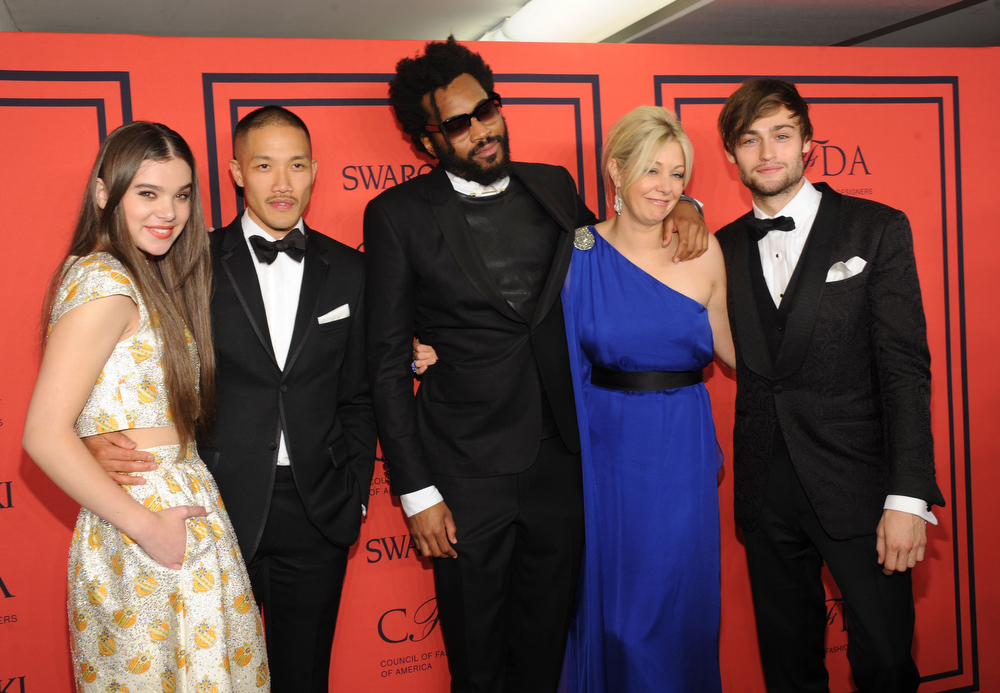 . Hailee Steinfeld, Winner of the Swarovski Menswear Designer of the Year, Dao-Yi Chow and Maxwell Osborne for Public School, Nadja Swarovski and Douglas Booth attend the 2013 CFDA Fashion Awards at Alice Tully Hall on June 3, 2013 in New York City.  (Photo by Jamie McCarthy/Getty Images)