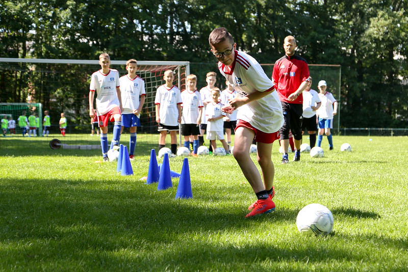 hsv_fussballschule-247_48047952206_o.jpg