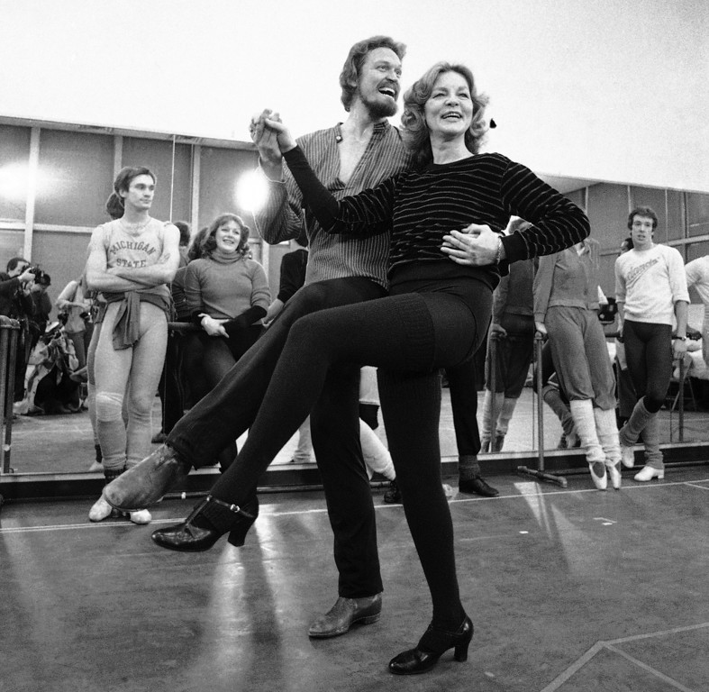 ". FILE - This Jan. 14, 1981 file photo shows actress Lauren Bacall rehearsing with Eivind Harum, for the musical ""Woman of the Year,\"" in New York. Bacall, the sultry-voiced actress and Humphrey Bogart�s partner off and on the screen, died Tuesday, Aug. 12, 2014 in New York. She was 89. (AP Photo/Suzanne Vlamis, File)"