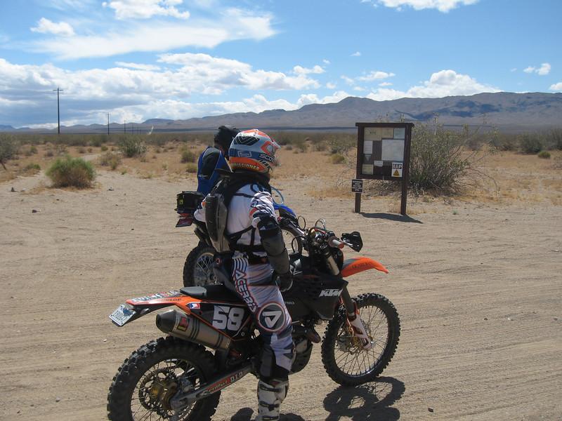 Mojave2009-06-06 09-49-41.JPG