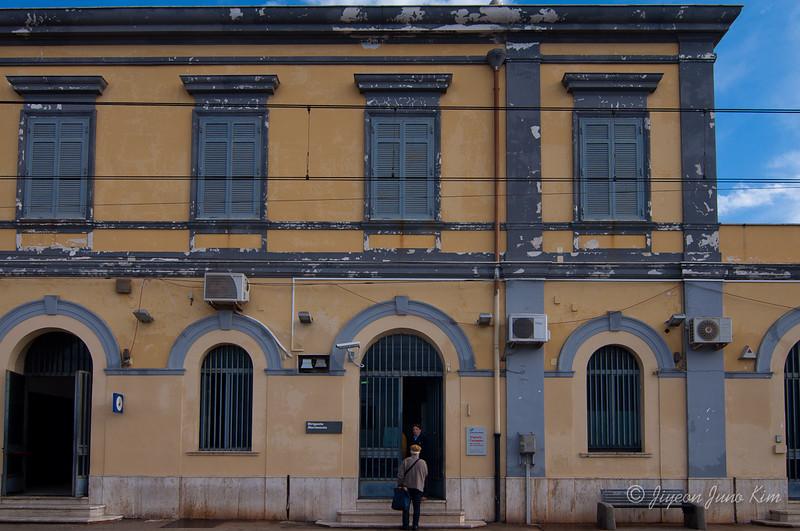 napoli-italy-9853.jpg
