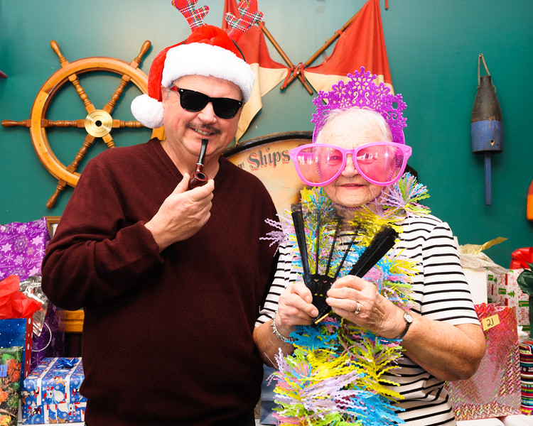 20161210 CMDS Christmas Party-7351.jpg