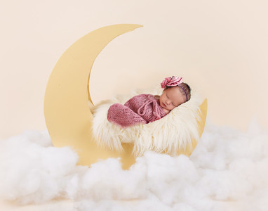 Jolie's Newborn Session