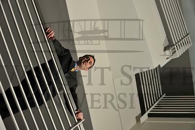 7992 Dan Ewald for Economics Master Brochure 2-14-12