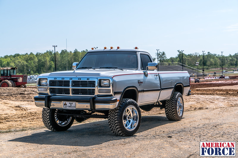 @bcecil92-1993-Gray-Dodge-W350-20x12-REBEL-SS-AFW03865-5April 28, 2018.jpg