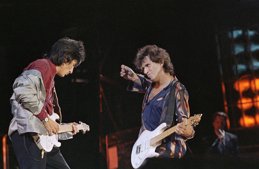 """. The Rolling Stones, perform during the kick off concert of their \""""Steel Wheels\"""" tour in Philadelphia\'s Veterans\' Stadium, Thursday, August 31, 1989. (AP Photo/Rusty Kennedy)"""