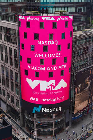 2019-08-23 Viacom MTV atop the Tower