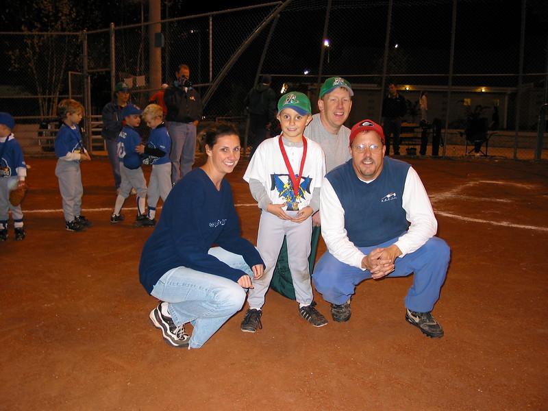 t-ball 2003-17.JPG