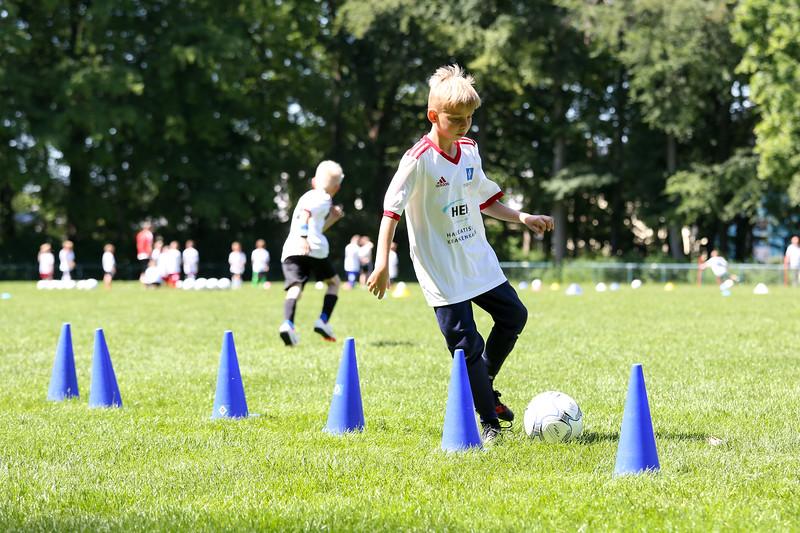 hsv_fussballschule-472_48047998218_o.jpg