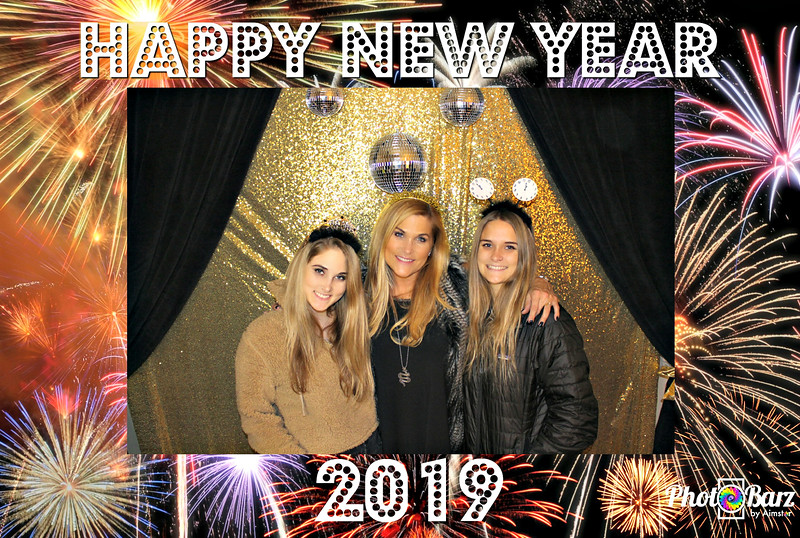 New Years 2019 Photobooth Pics (56).jpg