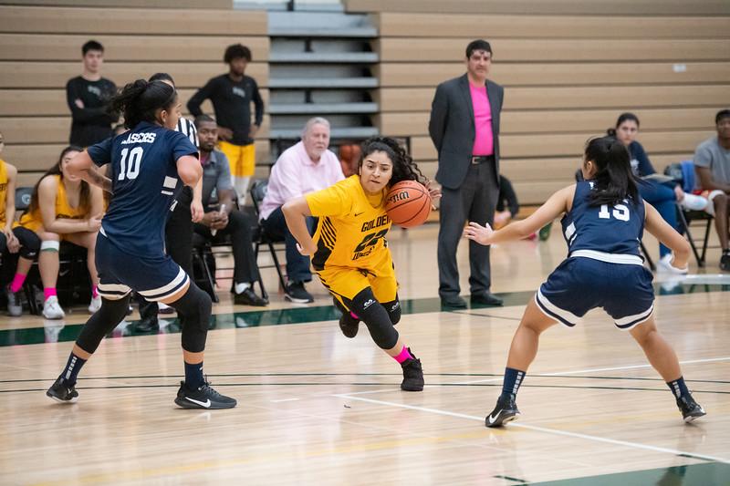 Basketball-W-2020-01-31-7849.jpg