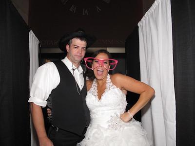 Sarah & Chad Wedding Photo Booth  Hidden Video Highlight