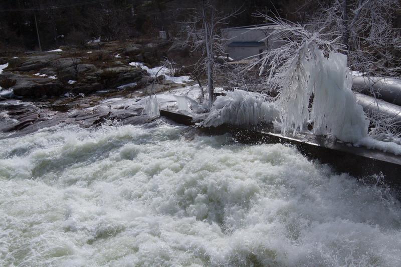 frozen water pipe-2353.jpg