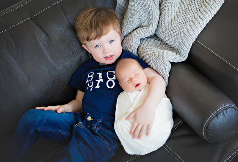 ttnewport_babies_photography_newborn_boy_at_home-0007-1.jpg