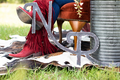 NavaRio Ranch styled shoot