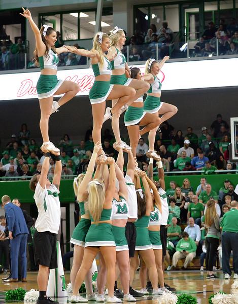 cheerleaders2309.jpg