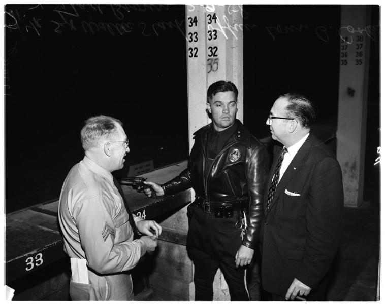 Police_shoot_movie_1958.jpg