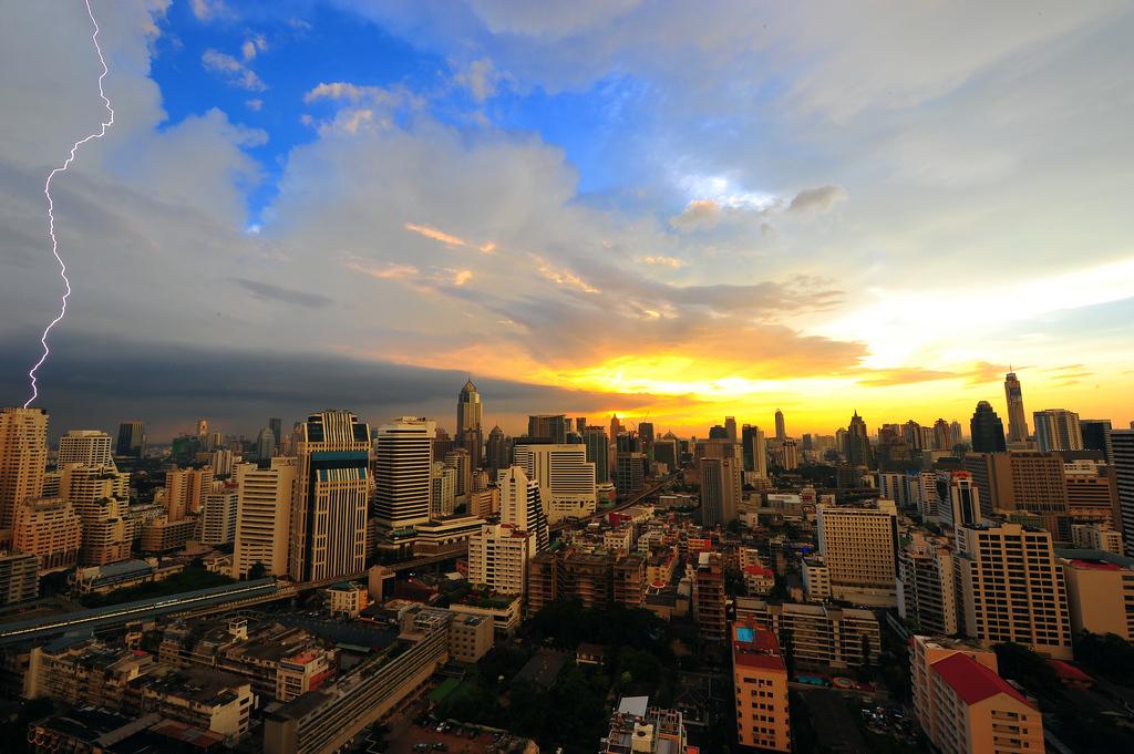 Electric Sunset - Bangkok