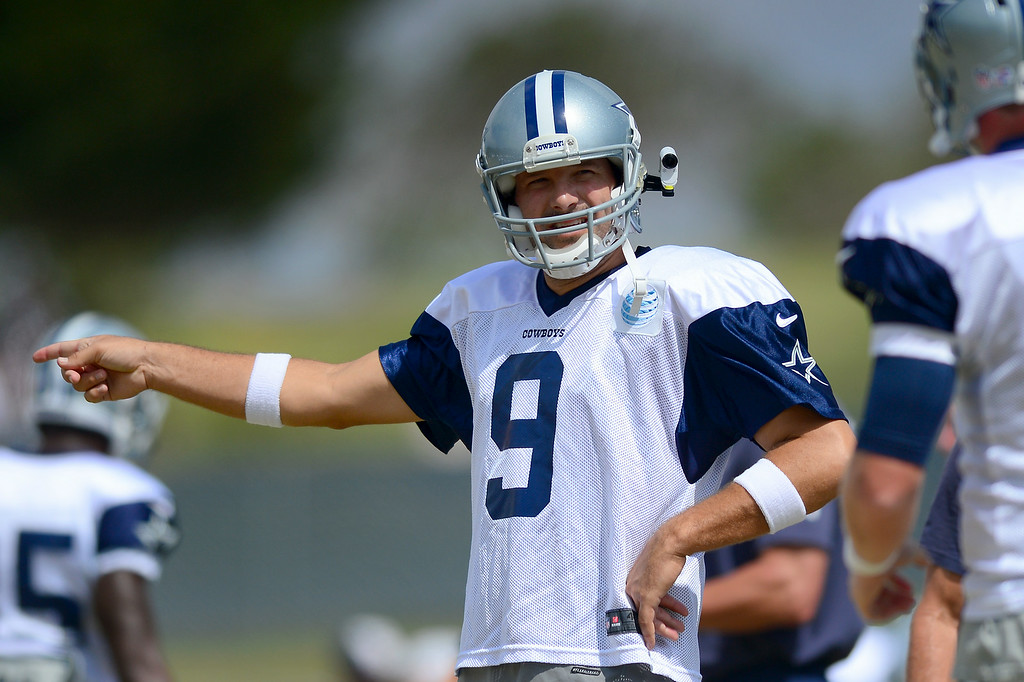 . Cowboys QB Tony Romo gives instructions at the Cowboys-Raiders practice in Oxnard, Wednesday, August 13, 2014. (Photo by Michael Owen Baker/Los Angeles Daily News)