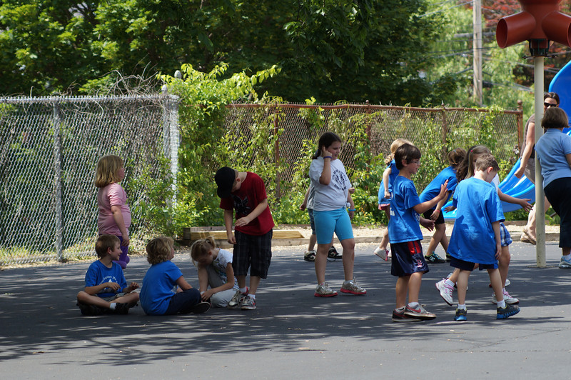 6-8-2012 Field Day at Walnut Square 18.JPG
