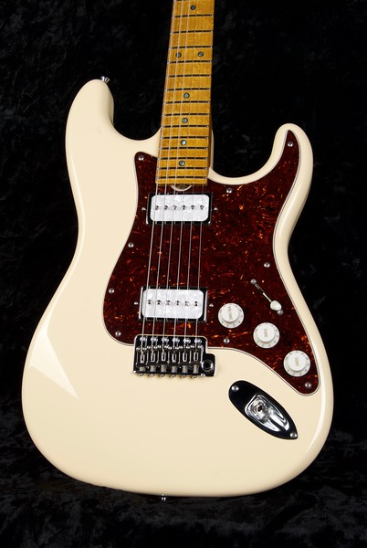 25th Anniversary NOS Retro #3777, Cream, Grosh G-90H Pickups