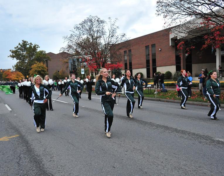 parade0389.jpg
