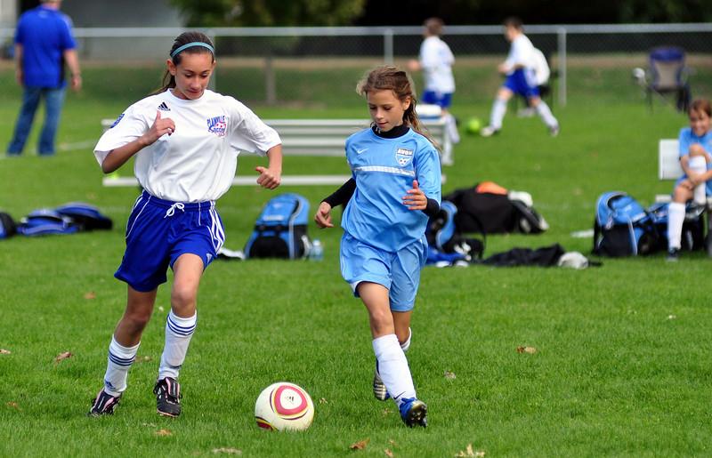 plainville u-11 girls soccer 10-17-10-070.jpg