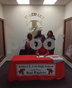 lees-hoopsters-books-lewis-headed-to-next-level