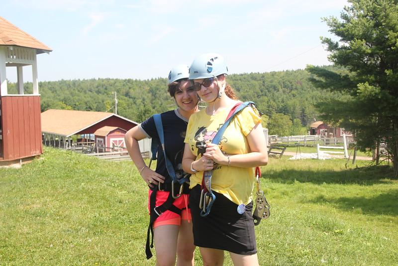 kars4kids_thezone_camp_girlsDivsion_activities_boating (39).JPG