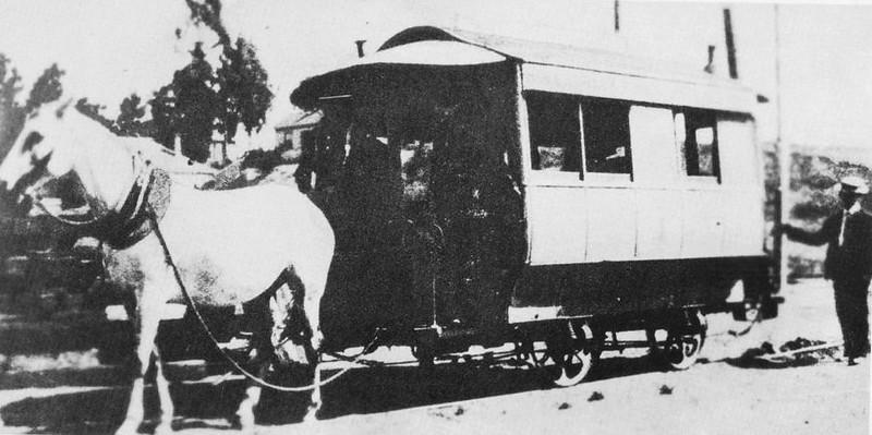 1889-OnTheRailsOfLosAngeles005b.jpg