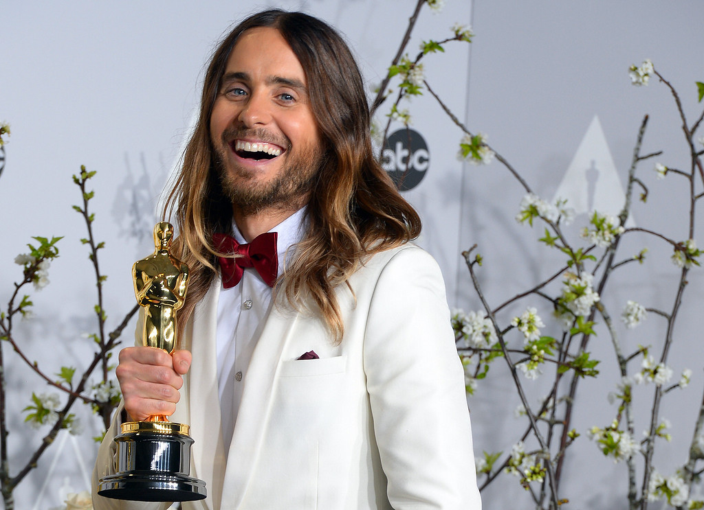 . Jared Leto , who won the Oscar for Performance by an Actor in a Supporting Role, backstage at the 86th Academy Awards at the Dolby Theatre in Hollywood, California on Sunday March 2, 2014 (Photo by David Crane / Los Angeles Daily News)